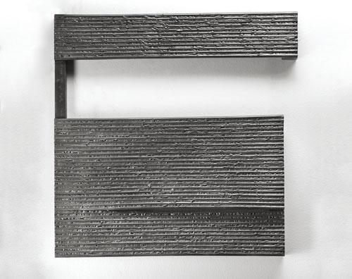 0,0000009346 sg luz  Ferro,  64,4 x 64,3 x 7,7 cm, 2013
